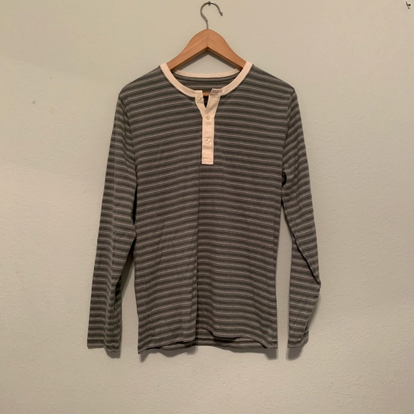 Abercrombie & Fitch Other - Abercrombie long sleeve shirt